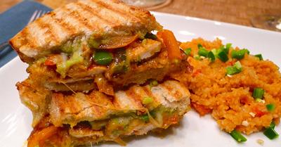 طرز تهیه ساندویچ مرغ مکزیکی,نحوه درست کردن ساندویچ مرغ مکزیکی