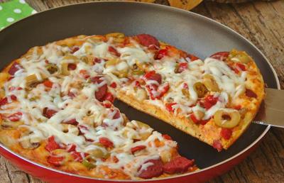 درست کردن پیتزا بدون فر, نحوه درست کردن پیتزا بدون فر