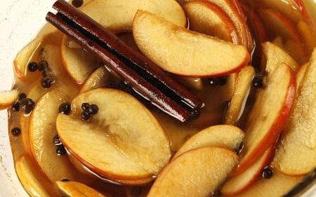 ترشی پوره سیب, ادویه ترشی سیب, فواید ترشی سیب