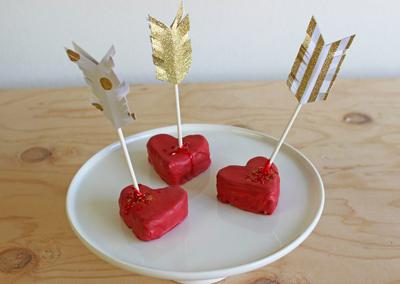 طرز پخت کیک قلبی, کیک متفاوت ولنتاین