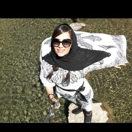 بیتا بادران,بیوگرافی بیتا بادران,بیتا بادران در فیلم دم سرد