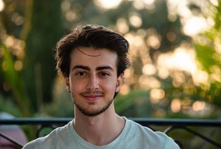 پسر دانیال حکیمی, تصاویر دانیال حکیمی, عکس فرزندان دانیال حکیمی