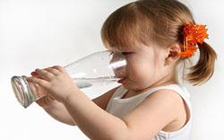 تعبیر خواب آب خوردن,تعبیر خواب نوشیدن آب,تعبیر دیدن آب خوردن در خواب