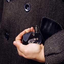 ابزاربرترجاسوسی قدیمی (+عکس),http://www.mihanfaraz.ir/post/965