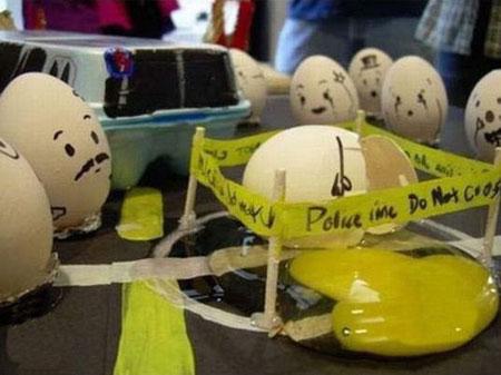 نقاشی روی تخم مرغ, نقاشی خنده دار
