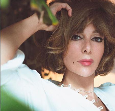 بیوگرافی زرین تکیندور بازیگر نقش گل تن در سریال کوزی گونی