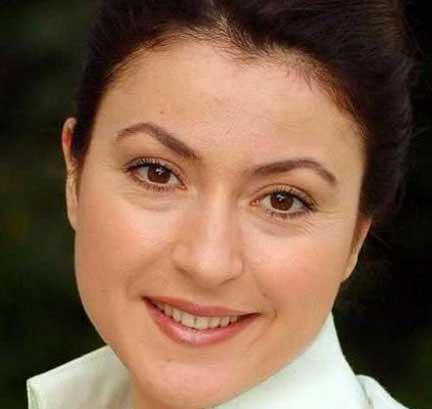 سریال ترکی دیلا خانم,داستان سریال ترکی دیلا خانم,بازیگران سریال دیلا خانم
