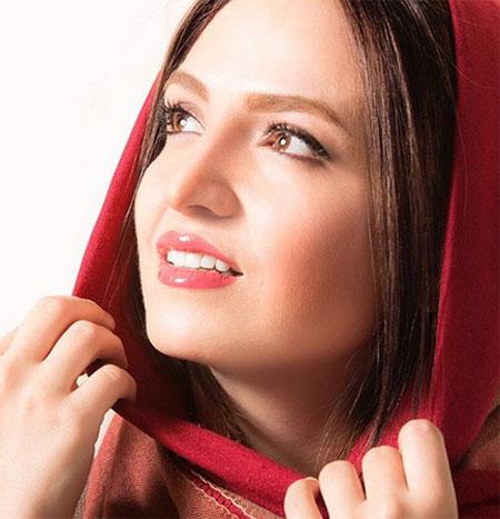 گلاره عباسی,بیوگرافی گلاره عباسی