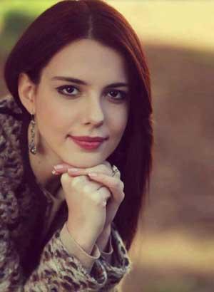 بیوگرافی توپراک بازیگر سریال شمیم عشق,بازیگران سریال,Selen Soyder,berroz.ir