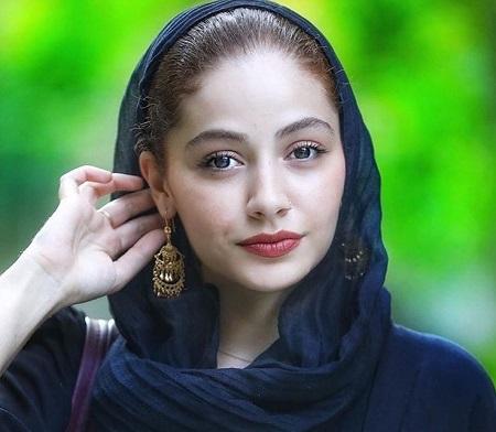 بیوگرافی و عکس های مهتاب ثروتی بازیگر جوان ایرانی
