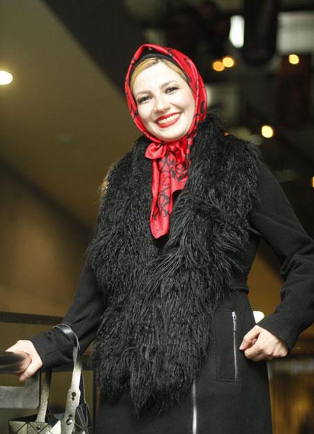 ملیکا زارعی, عکس های خاله شادونه, زندگینامه ملیکا زارعی
