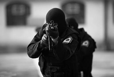 [تصویر:  police1.jpg]