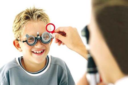 آستیگماتیسم چشم,درمان آستیگماتیسم,تشخیص آستیگماتیسم