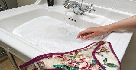 بهترین روش شستن لباس زیر,شستن لباس زیر با دست