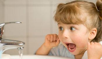 چرا مسواک میزنیم اما باز هم دندانمان میپوسد؟
