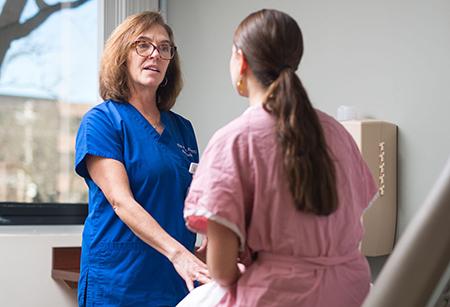 سرطان تخمدان, علائم سرطان رحم و تخمدان
