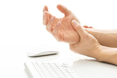 دلایل احساس درد در دست ها, مشکل در دست ها
