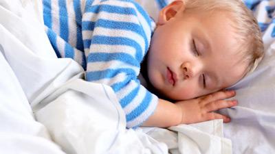 علت و درمان شب ادراري كودكان