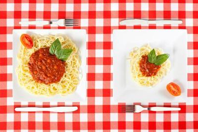 دست شما می تواند بگوید چقدر غذا برای جلوگیری از پرخوری شما کافی است!