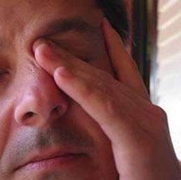 درمان خشکی چشم, نرمش چشم, فقدان اشك