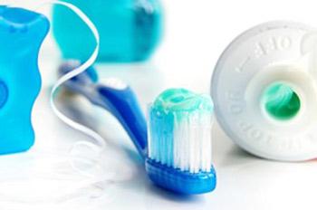 دهان و دندان, مسواک زدن, بیماری های لثه