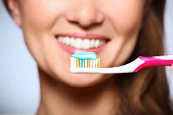 مسواک زدن, پوسیدگی دندان