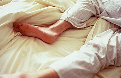 رژيم غذايي بیماران سندرم پای بی قرار, سوزن سوزن شدن پا