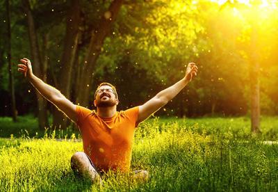 جذب ویتامین d, جذب اشعه خورشید,ویتامین d, منابع ویتامین d, فواید نور خورشید, ویتامین خورشید, کمبود ویتامین d, استحکام استخوان ها, استفاده از نور خورشید, علائم کمبود ویتامین d,