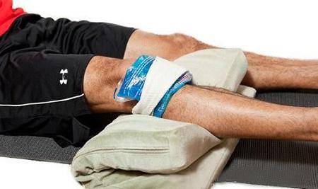 علائم آسیب زانو,زانو درد, نشانه های بیماری زانو
