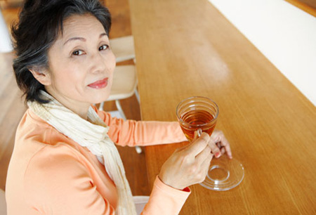 جوانی, پیشگیری از پیر شدن,فواید نوشیدن چای