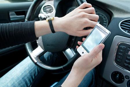 مضرات امواج موبایل,تاثیرات امواج موبایل بر انسان,مضرات استفاده از موبایل در ماشین  توصیه هایی برای کاهش مضرات امواج موبایل hhh1799