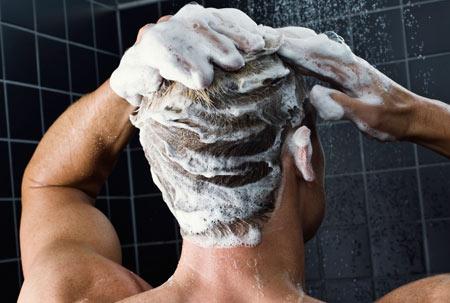 حمام کردن روزانه,مضرات روزانه حمام کردن,حمام کردن و شستن سر