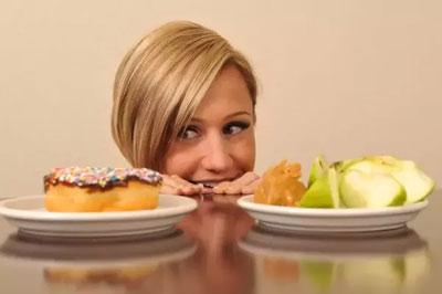 احساس گرسنگی بیش از حد, احساس گرسنگی کاذب