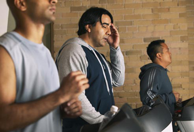 علایم سرطان روده بزرگ در مردان, عوامل کم خونی در مردان