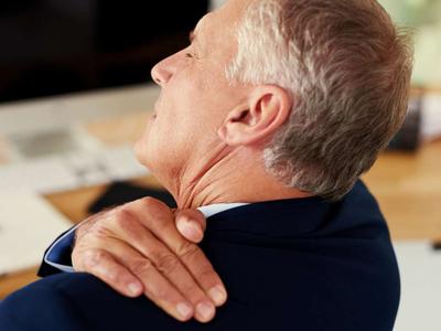 ورزش ایزومتریک گردن, درد گردن و سوزش بين دو كتف