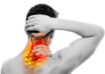 علت درد زیر شکم, درد و ناراحتی در قفسه سینه