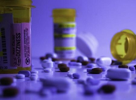 اثر پتیدین در کاهش درد ترمیم, پتیدین در تست اعتیاد, پتیدین چیست
