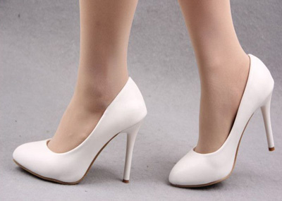 کفش پاشنه بلند چه بلایی بر سر پاهایتان می آورد؟