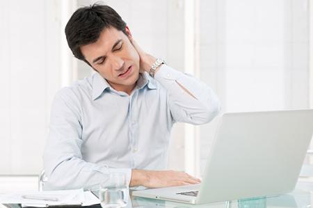 دیسک گردن در کارمندان, دیسک کردن هنگام کار با لپ تاپ