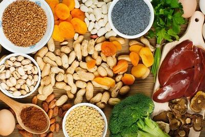 ویتامین هایی که باید مصرف کنید تا به کم خونی مبتلا نشوید