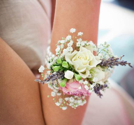 دسته گل دور مچ عروس,دسته گل عروس