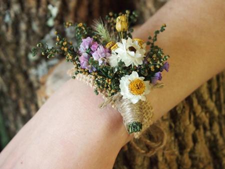 مدل دسته گل های دور مچ عروس