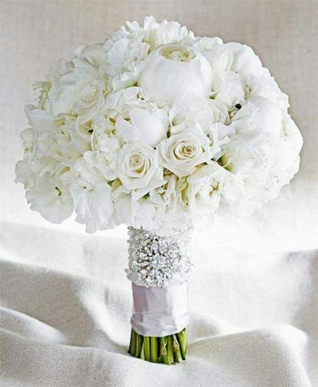 دسته گل عروس,دسته گل عروس به رنگ سفید