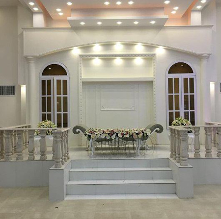 تزئين جايگاه عروس و داماد, جايگاه عروس و داماد در تالار