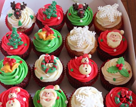 آموزش سبزه لبو تزیین کاپ کیک مخصوص کریسمس