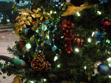 [تصویر:  christmas2-tree-decoration29.jpg]