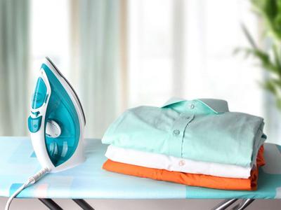 نحوه تمیز کردن اتو لباس
