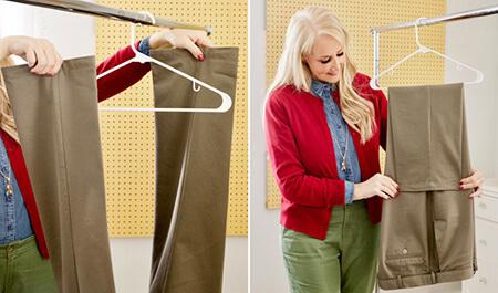 روش صحیح آویزان کردن شلوار به چوب لباسی