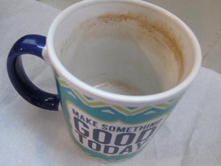 تمیز کردن لکه چای و قهوه,لکه چای و قهوه از روی فنجان
