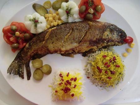 تزیین سبزی پلو با ماهی, چیدمان سبزی پلو با ماهی